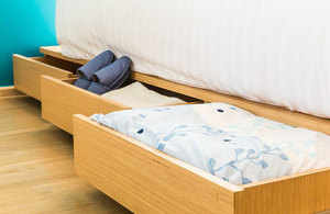 Bed-with-drawers